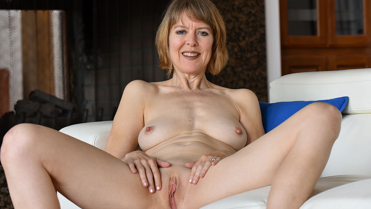 Her Mature Style  Ftv Milfs Videos And Photos-8088